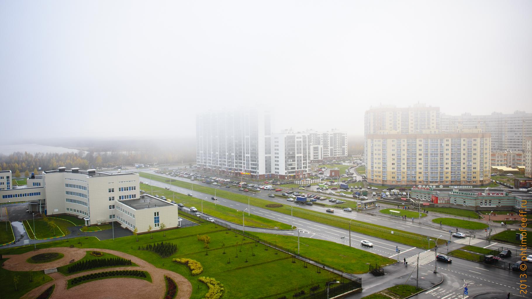 Ну вот просто обожаю такую погоду... Туман и осень... Влажно и тихо...